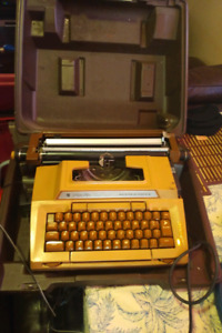 Simmons Antique Electric Typewriter
