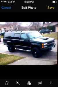 $1000 REWARD STOLEN BLACK 94 CHEVY SUBURBAN