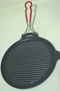 Vintage French Le Creuset Black Cast Iron Ridged Griddle Pan