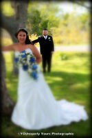 Wedding Photographer. INCREDIBLE Rates.