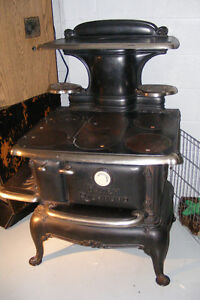 Antique Cast Iron Fairy Richmond Cooking Wood Stove