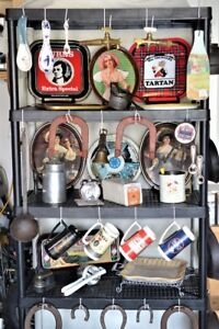 VINTAGE GARAGE - Collection of tools/plates/etc.