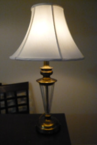 A Classic Elegant TABLE /BEDSIDE Lamp with new shade