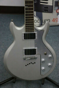 Ibanez AXS32 Silver Electric Guitar (#2124)