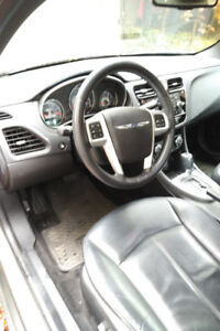 2012 Chrysler 200, like new, snow tires included, 50,000km