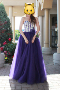 Prom / quinceanera dress / sweetheart ballgown