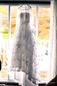 Robe mariage et bouquettiere