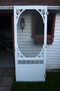 Porte extérieur moustiquaire