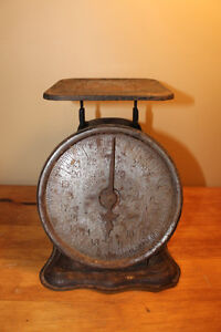 Old Antique Kitchen Scale