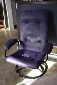 Lounger chair recliner - purple