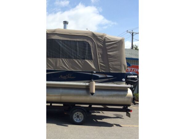 Used 2011 Sun Chaser 8522