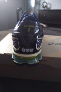 Asics Running Shoes Mens Size 10 Brand New