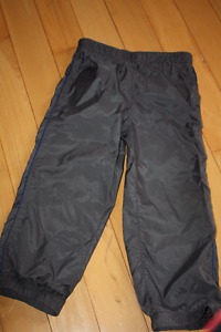 Size 4 joe Fresh unlined splash pants