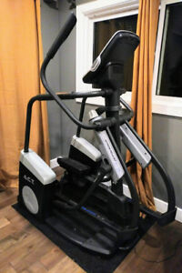Nordictrack Act Elliptical -  like new!  Perfect Christmas gift!