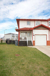 Open House Sun May 28 1:00-2:00 7 Northlands Crescent NE