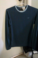 Nike, size 4-6 long sleeve two tone Blue DRI-FIT TOP