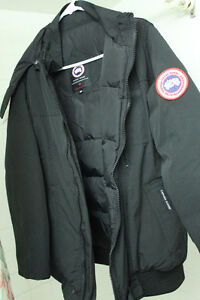 Canada Goose montebello parka outlet shop - Canada Goose Chilliwack Bomber Black   Kijiji: Free Classifieds in ...