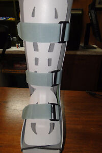 AIRCAST Foot and Ankle boot support Oakville / Halton Region Toronto (GTA) image 1