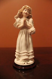 Giuseppe Armani Figurine - First Communion Girl 1196C Florence