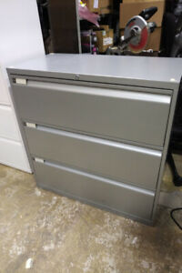 Teknion 3 Drawers Filing Cabinet, Excellent Condition, Call now!