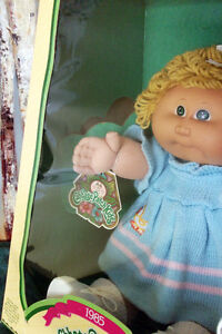 1985 Coleco Cabbage Patch Kid 'Mala Prudence' NIB Cambridge Kitchener Area image 3