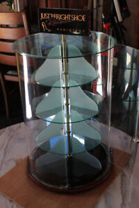 Spinable Display Case