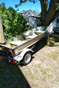 12' Aluminum Boat For Sale- PRICE REDUCED- FREE DELIVERY!