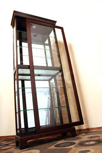 Locking Mohogany Mirrored  & Glassed CURIO Case  SEE VIDEO