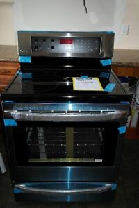 NEW NEW BRAND NEW Lg Electric Range InfraRed Grill convection