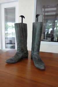 Frye Cindy Piping Boots sz 7.5