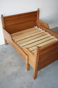 Solid Pine Extendable Youth Bed