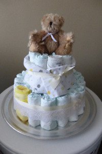 Ready to give baby gift / classy diaper cake