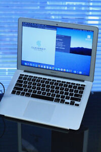 "MacBook Air 13"" / Early 2015 / 8 GB / 128 SSD / Core i7"