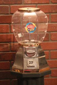 Dubble Bubble Gumball Machine/Stand