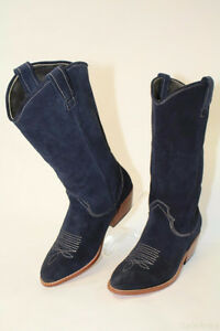 Gee WaWa NEW Navy Suede Cowboy Fashion Boots, size 6