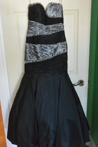 BLACK & SILVER EVENING GOWN