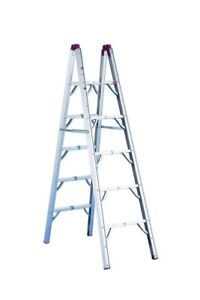 6 FTALUMINUM FOLDING LADDER ..GREAT FOR RV'S