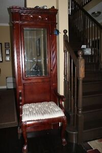 ANTIQUE HALLTREE/STAND WITH MIRROR