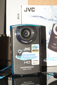JVC PICSIO WATERPROOF CAMERA