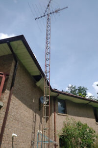 Antenna Tower - 32 Feet Hight in 4 Sections, Residential