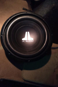 Jl audio 10 inch car subs with box