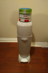 Diaper Genie with 3 Refillable Rolls ($40 O.B.O)
