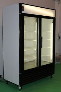 2 GLASS DOOR FREEZERS AND COOLERS TRUE GDM49F & TRUE GDM49