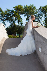 Allure wedding dress style P970- size 8 and vail