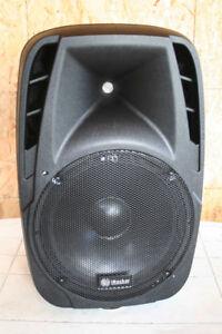 """Pair of Powered PA 15"""" Loudspeakes NEW !!!"""