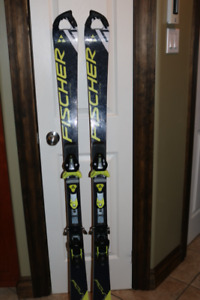 Fischer RC4 world cup SL 150 cm ski with Z11 binding