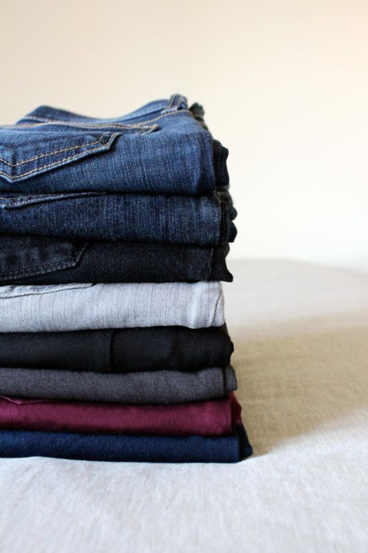 Opt for neutral bottoms in black, grey and dark navy. Accent your wardrobe with one or two other colours to maximize mix