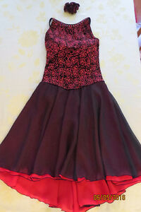 Beautiful black and red long dress for skating or dance