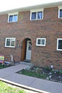 33-125 Livingston Crescent, Grimsby