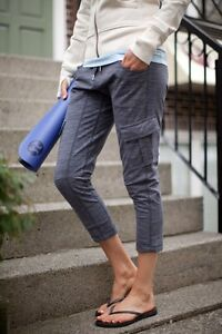 Lululemon Carry and Go Pants size 6